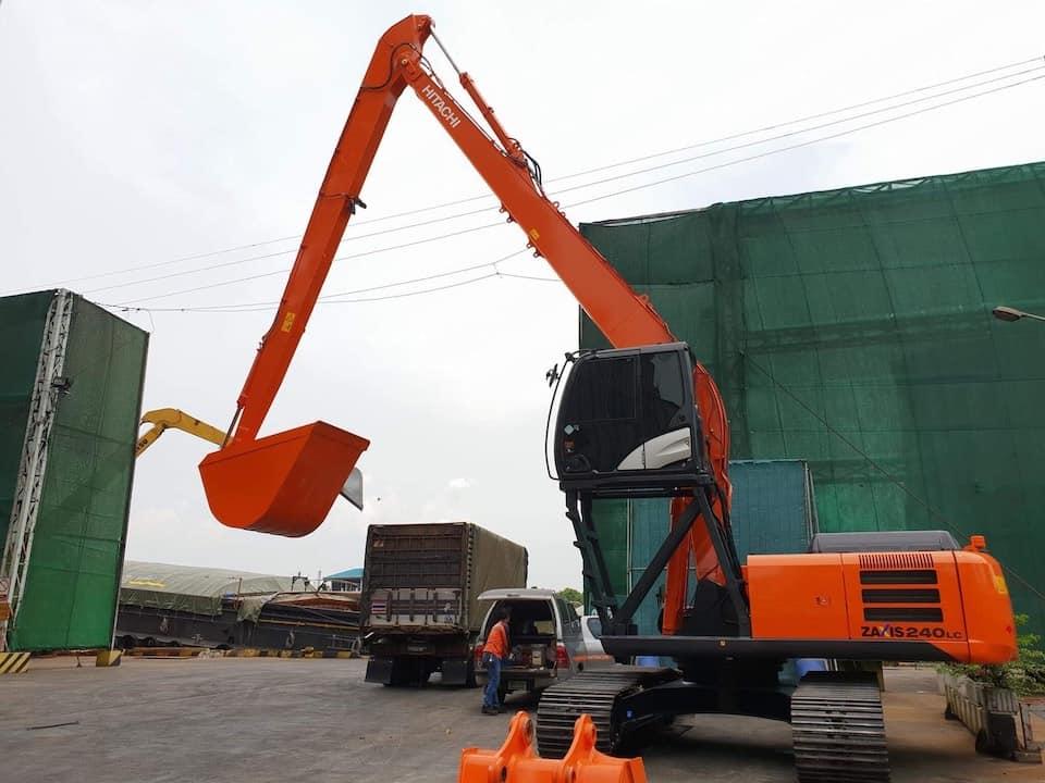 Excavators-02